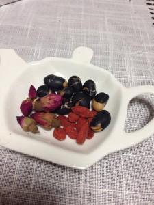 薬膳茶の元の写真