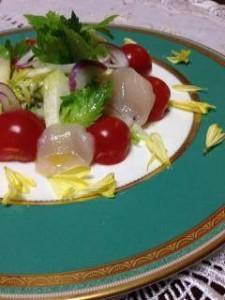 セロリとトマトのサラダの写真